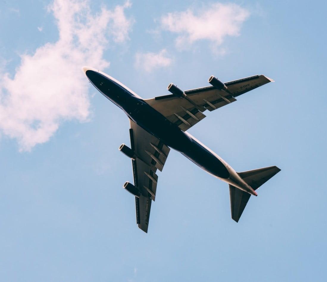 быстрая доставка грузов самолетом